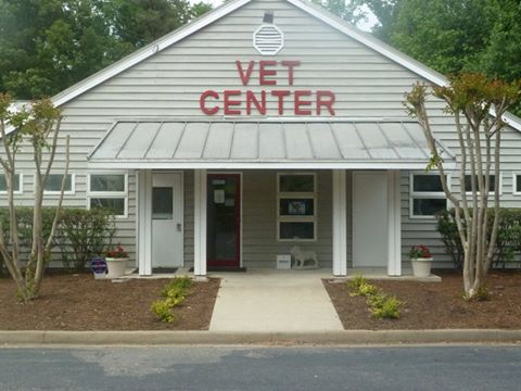 Crossroads West Vet Center